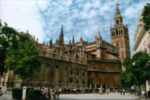 VIAJAR A SEVILLA: En el corazón de Andalucía