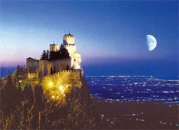 VIAJE A SAN MARINO: Un mini país dentro de Italia