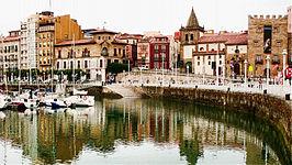 VISITA A GIJÓN: En el norte de España