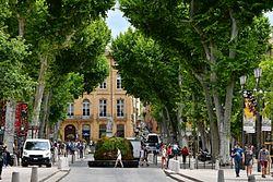 VIAJAR A AIX-EN-PROVENCE: La tierra de Cézanne