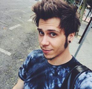 LA ALTURA DEL YOUTUBER DE CADA PAÍS